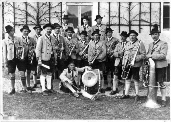 Gründungsbesetzung (im Jahre 1935)
