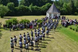 Einzug der Kapellen zum Festgottesdienst