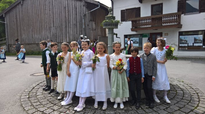 Erstkommunion_Kinder